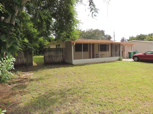 509 Kennwood Avenue, Merritt Island, FL 32952
