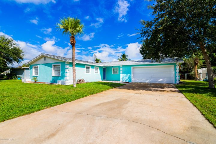 1450 Plum Avenue, Merritt Island, FL 32952