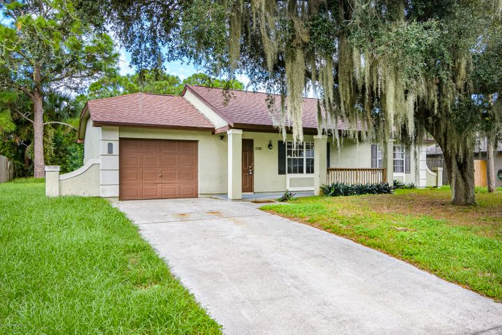 6760 Caliph Avenue, Cocoa, FL 32927