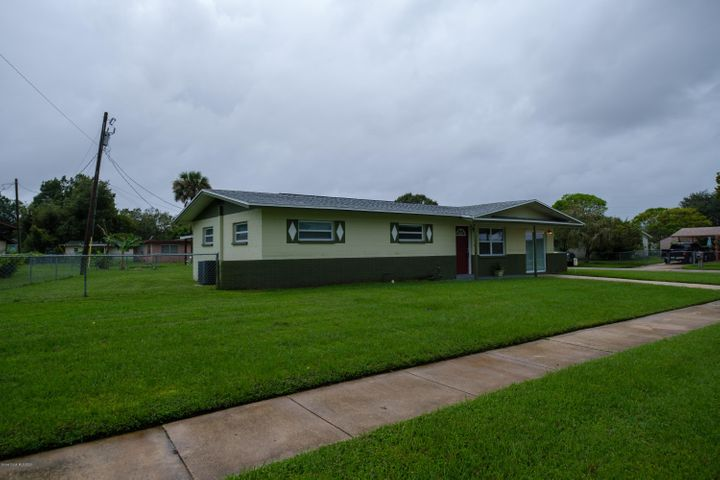 2521 Marlowe Place, Cocoa, FL 32926