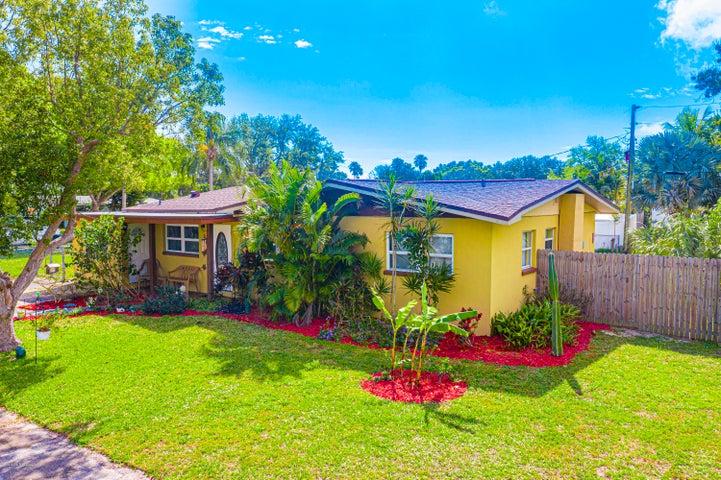 1605 Glen Haven Drive SE, Merritt Island, FL 32952