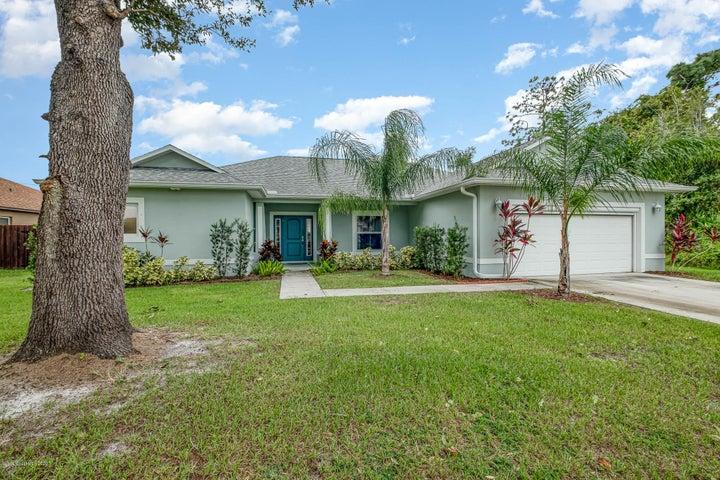 1008 Grandeur Street SE, Palm Bay, FL 32909