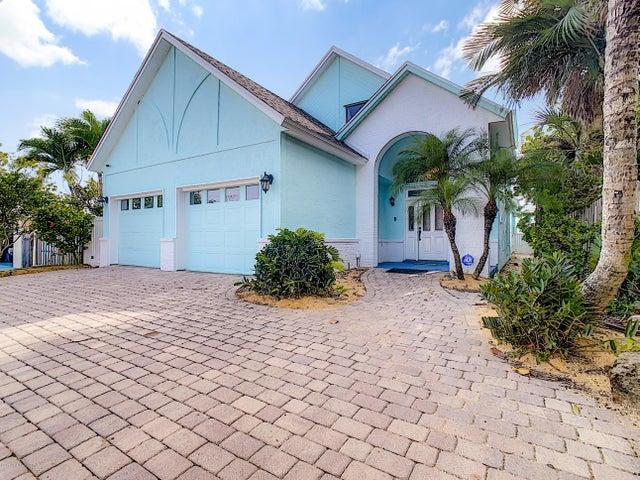 823 S Atlantic Avenue, Cocoa Beach, FL 32931