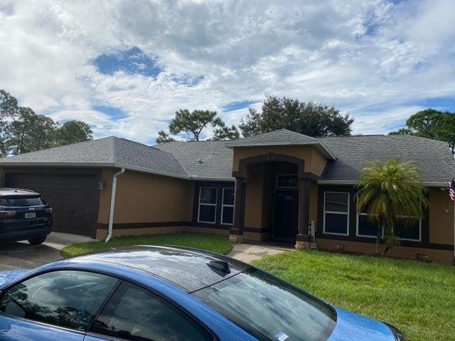 2772 Tolman Avenue SE, Palm Bay, FL 32909