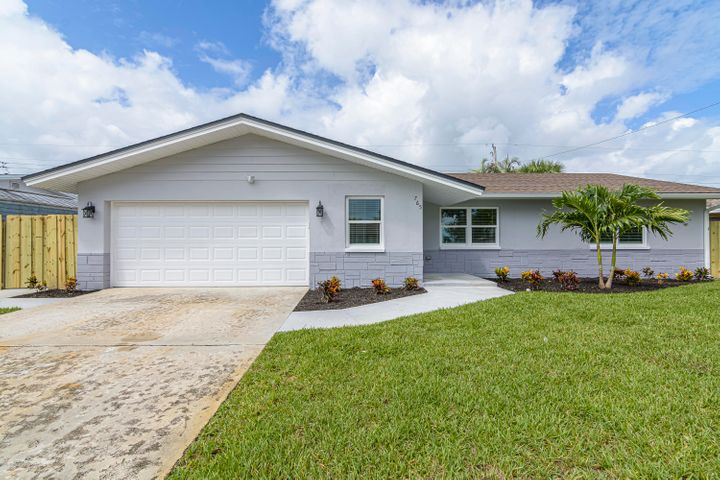 765 Citrus Boulevard, Merritt Island, FL 32953