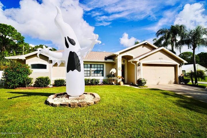 601 Thuringer Street NW, Palm Bay, FL 32907