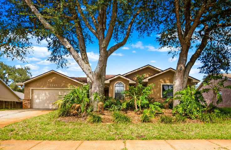 3942 Ridgewood Dr Property