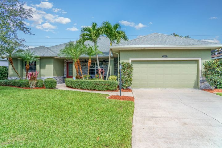 2193 Woodfield Circle, West Melbourne, FL 32904