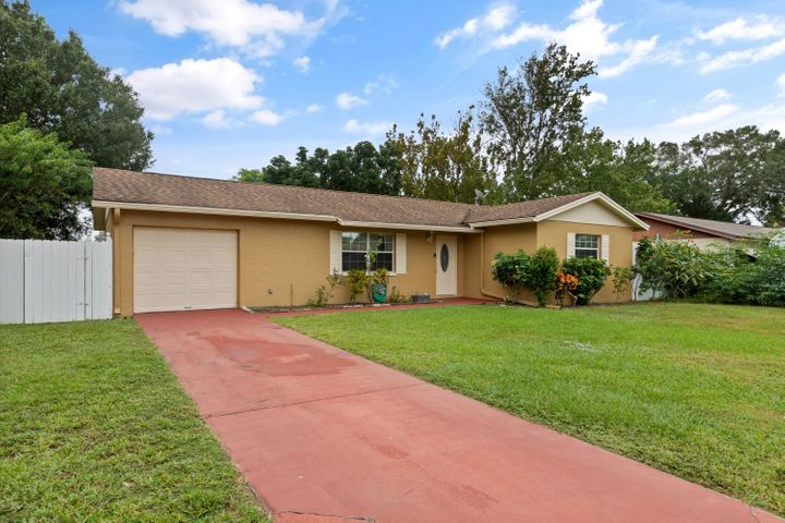 520 Edward Road, West Melbourne, FL 32904