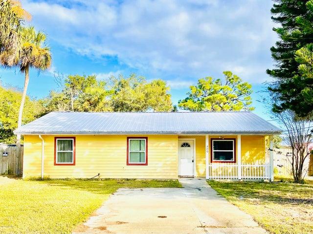 700 Tropic Street, Titusville, FL 32796
