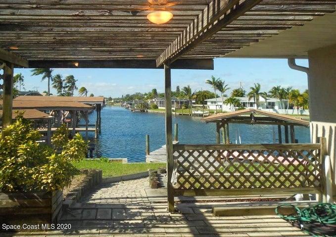 1525 Sykes Creek Drive, Merritt Island, FL 32953