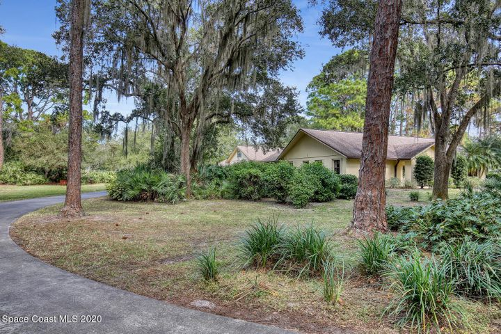 650 Chase Hammock Road, Merritt Island, FL 32953