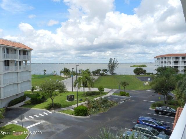 8924 Puerto Del Rio Drive, 9202, Cape Canaveral, FL 32920