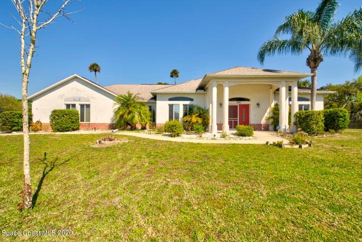 4981 Hamlin Circle, Mims, FL 32754