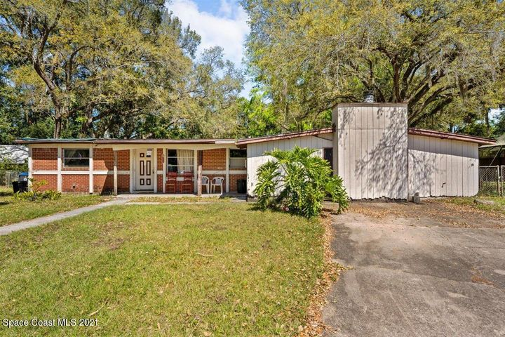 1700 N Lilac Circle, Titusville, FL 32796