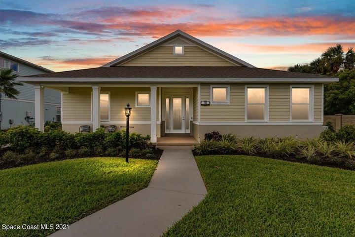 10 Lagoon Way, Titusville, FL 32780