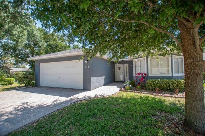 615 Lakewood Lane, Titusville, FL 32780