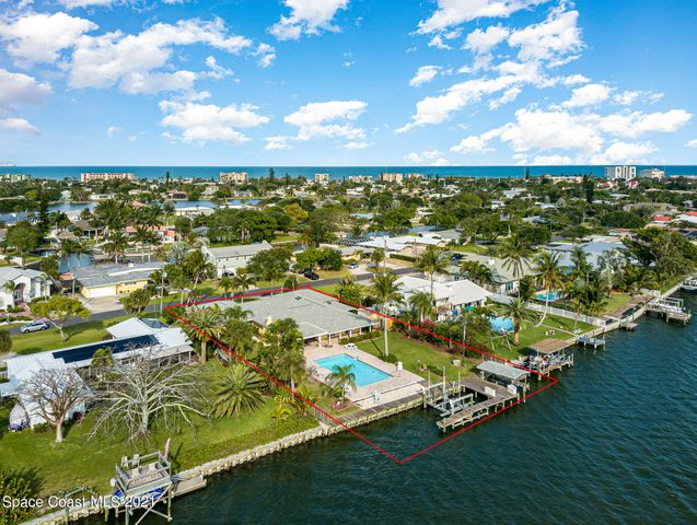 25 West Point Drive, Cocoa Beach, FL 32931