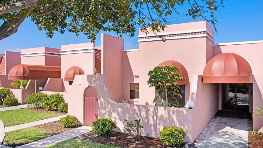 744 S Orlando Avenue, 702, Cocoa Beach, FL 32931