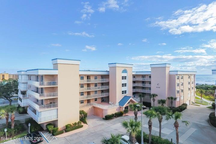 606 Shorewood Drive, 302, Cape Canaveral, FL 32920