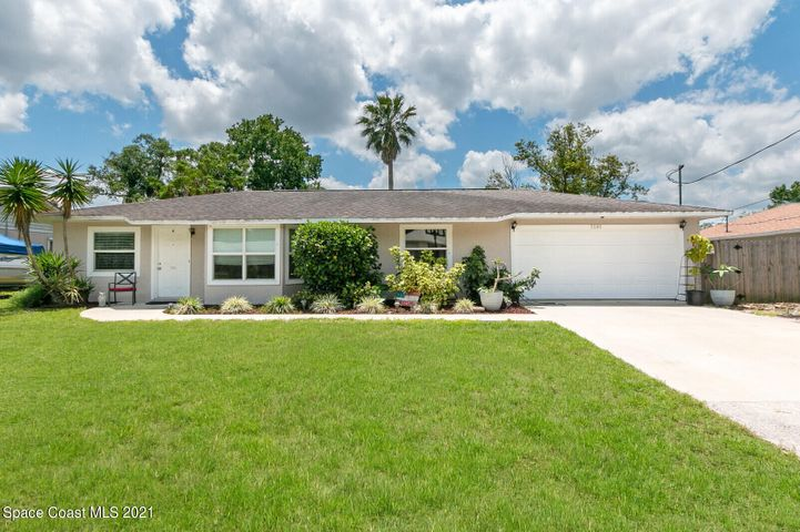 5595 Fairbridge Street, Cocoa, FL 32927