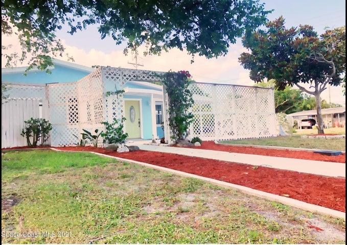 1560 Quince Avenue, Merritt Island, FL 32952