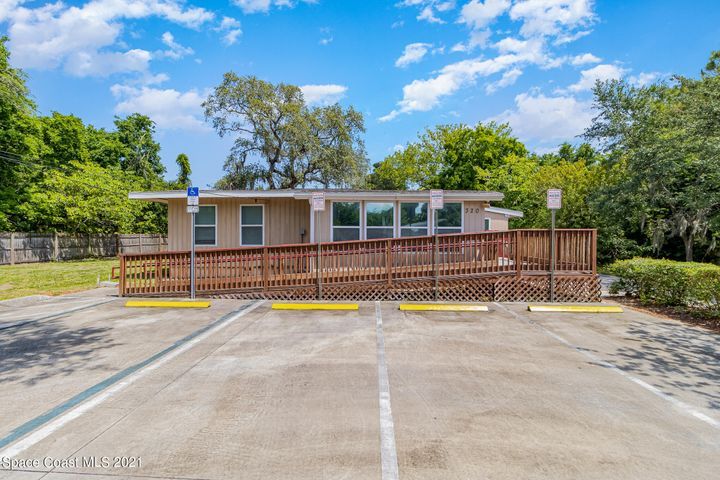 320 Canaveral Groves Boulevard, Cocoa, FL 32926