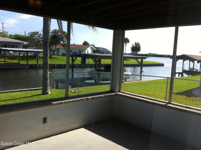 1305 Plum Avenue, Merritt Island, FL 32952