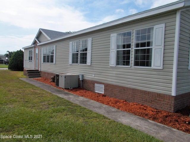 803 Beech Court, Sebastian, FL 32976