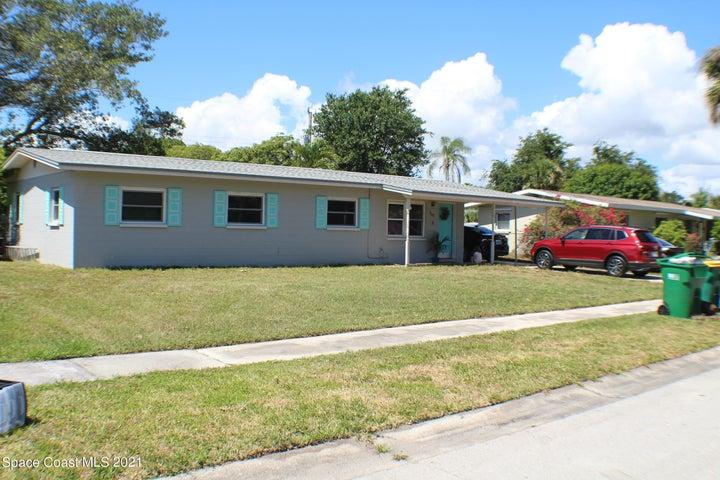 135 Moore Avenue, Merritt Island, FL 32952