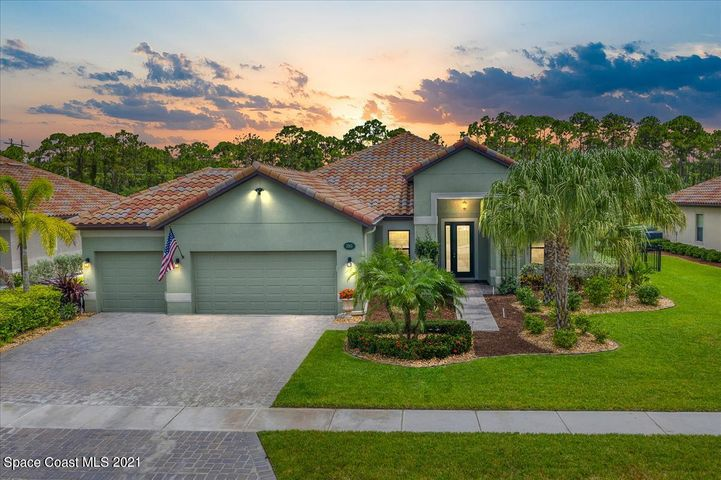 3353 Rushing Waters Drive, West Melbourne, FL 32904