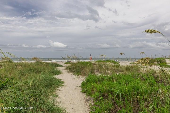 220 S 5th Street, 205, Cocoa Beach, FL 32931