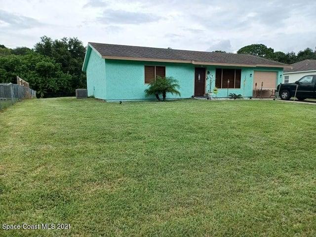 988 Sable Circle SE, Palm Bay, FL 32909