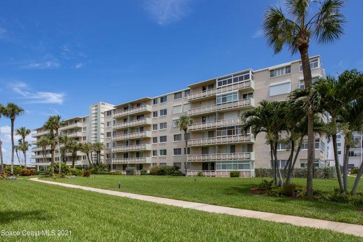 2020 N Atlantic Avenue N, 105, Cocoa Beach, FL 32931