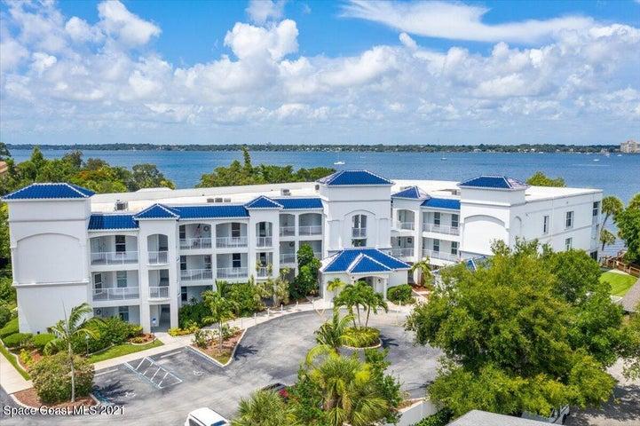 420 Moore Park Lane, 102, Merritt Island, FL 32952