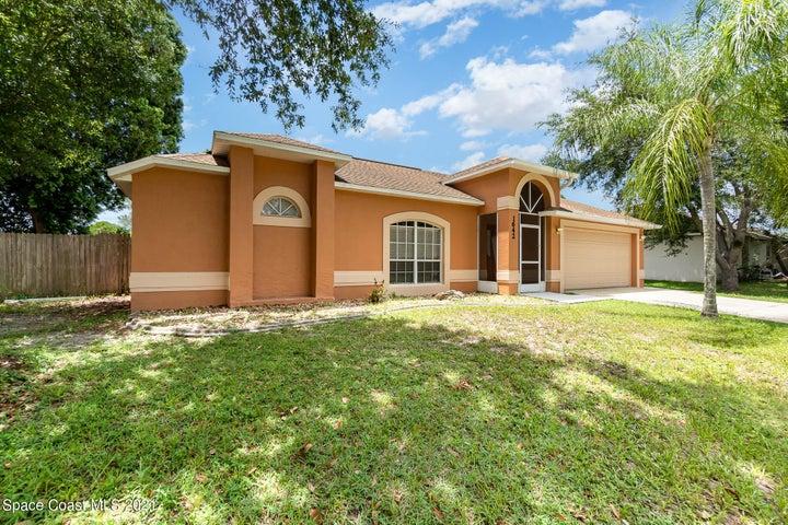 1642 Glencove Avenue NW, Palm Bay, FL 32907