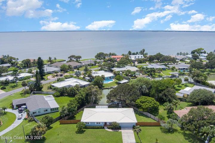 1640 Bay Shore Drive, Cocoa Beach, FL 32931