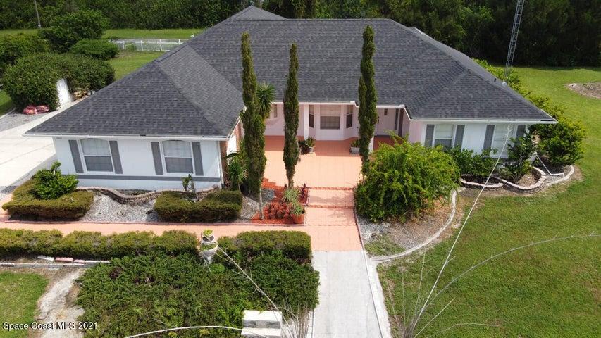 1805 Plantation Circle SE, Palm Bay, FL 32909