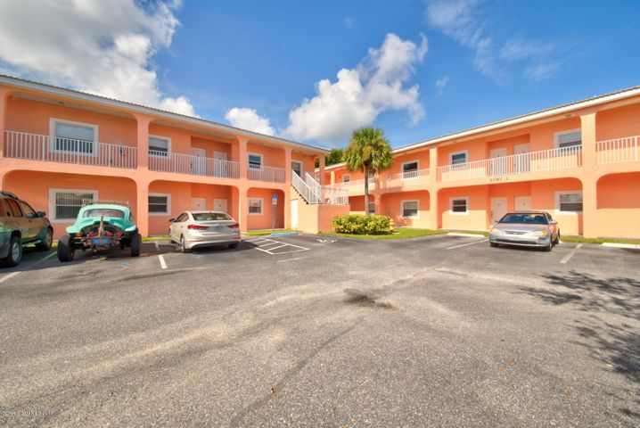 2097 Hidden Grove Lane, 209, Merritt Island, FL 32953