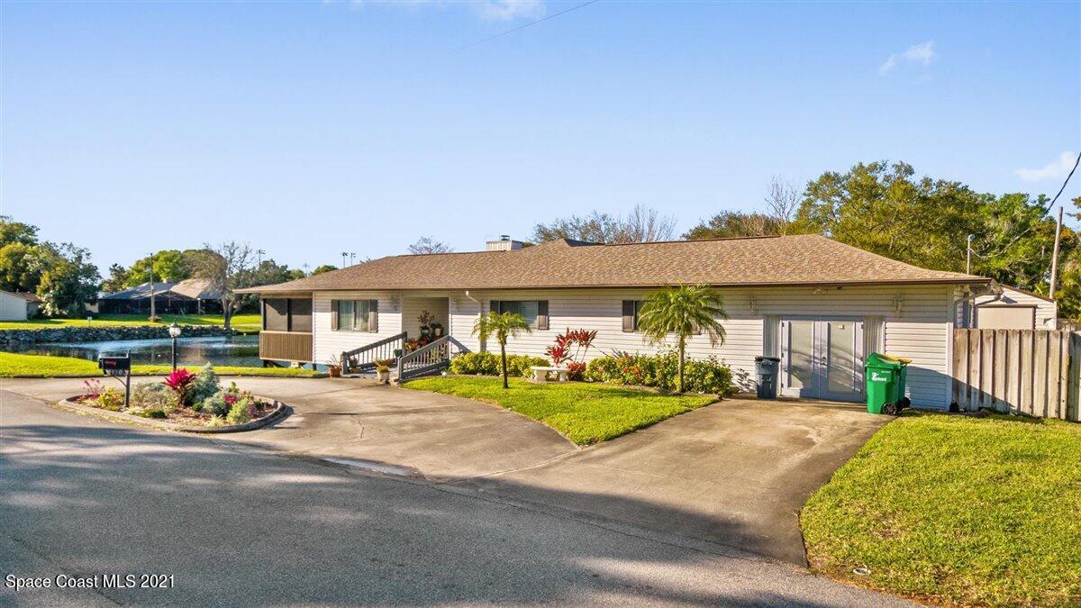 350 Pine Boulevard, Merritt Island, FL 32952