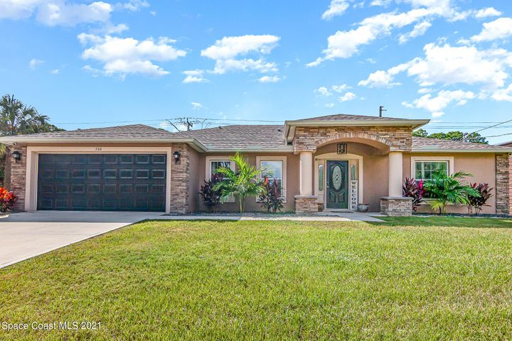 506 Warwick Street SE, Palm Bay, FL 32909
