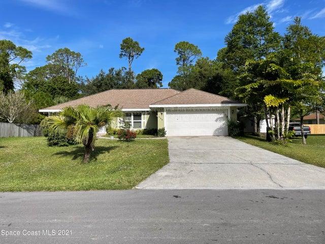 977 SE Stage Street SE, Palm Bay, FL 32909