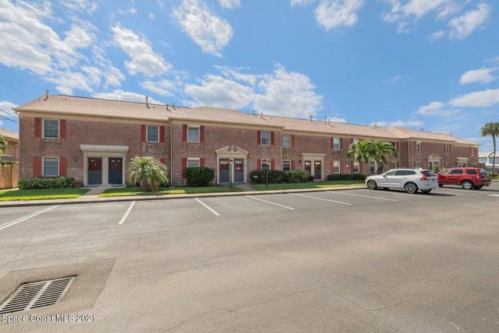 915 N Colonial Court, 27, Indian Harbour Beach, FL 32937
