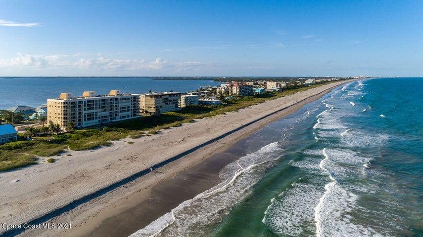 3219 S Atlantic Avenue, 301, Cocoa Beach, FL 32931