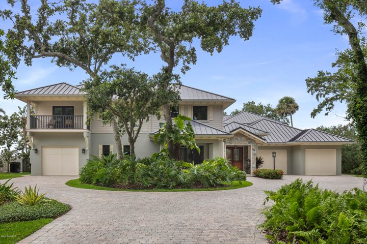 7925 S Tropical Trail, Merritt Island, FL 32952