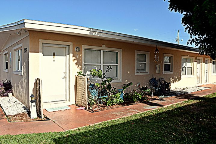 209 Pierce Avenue D, Cape Canaveral, FL 32920