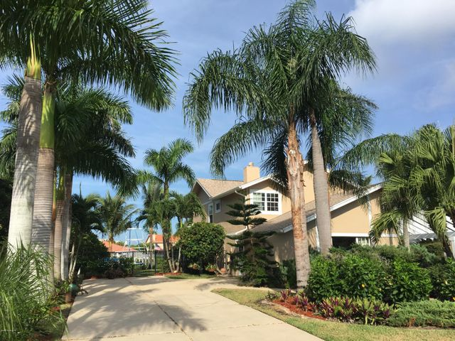 616 Tortoise Way, Satellite Beach, FL 32937