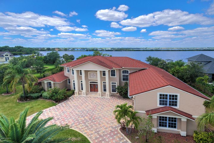 4790 Honeyridge Lane, Merritt Island, FL 32952