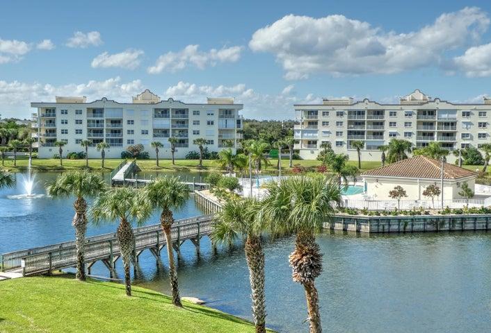 8871 Lake Drive 403, Cape Canaveral, FL 32920