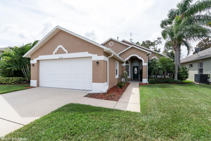 1734 Ficus Point Drive, Melbourne, FL 32940